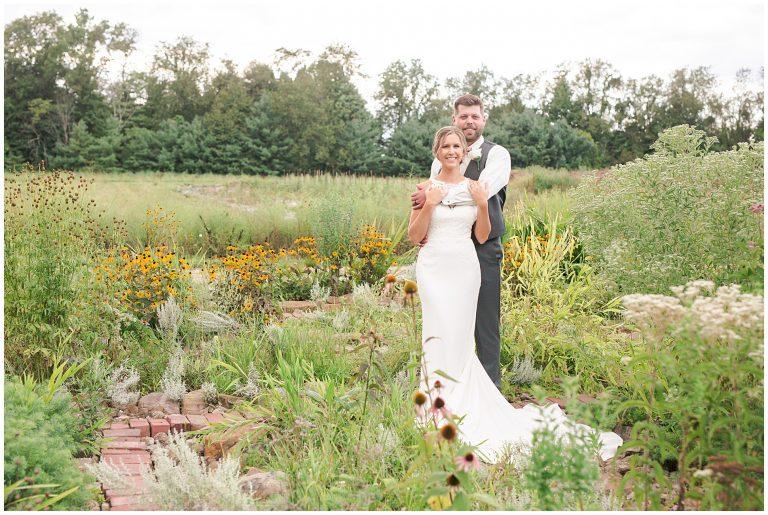 wild flower wedding pictures, bride and groom