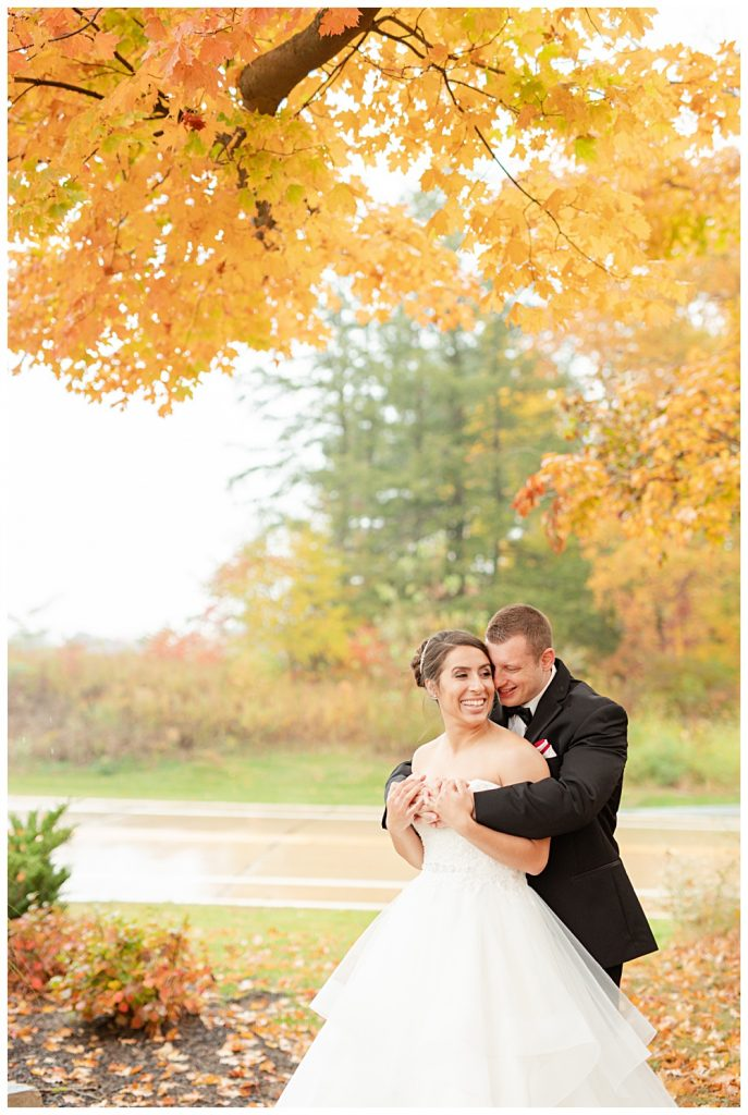 rainy October wedding, Noahs event venue, mentor Ohio, October rainy wedding, fall wedding